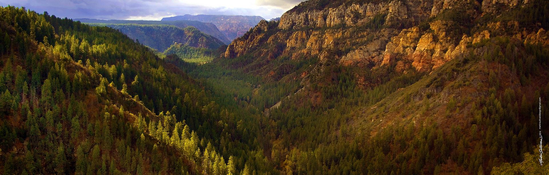 1x3W-Oak-Creek-Canyon