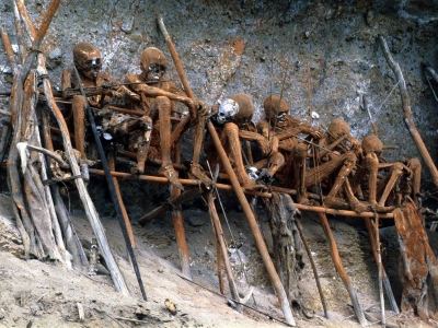Papua New Guinea Iseiki Tribe Burial Ritual for important people by Martin Sullivan